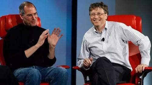 Chuyen dong troi it ai biet: Microsoft tung cuu Apple thoat pha san