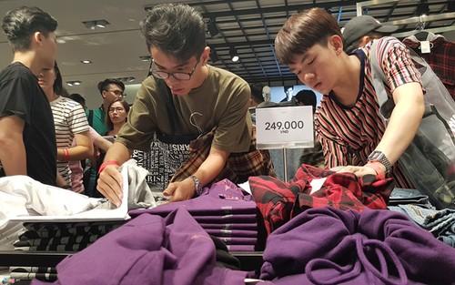 "Nhung nguoi ""tho o"" voi Zara, H&M o Viet Nam, ho la ai?-Hinh-2"