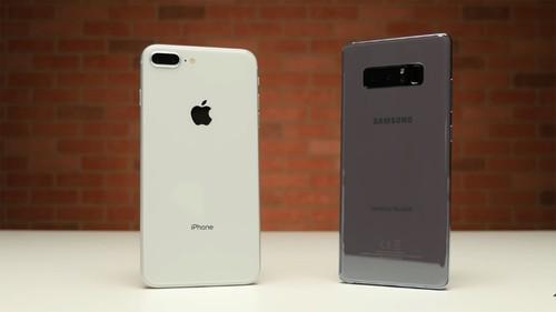 Tha roi iPhone 8 Plus va Galaxy Note 8: Ket qua bat ngo