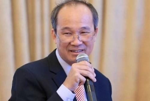 Ong Duong Cong Minh mua xong gan 18 trieu co phieu Sacombank