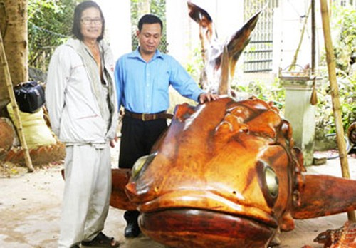 "Choang vang ""bau vat"" gia sieu khung tu than cay kho-Hinh-7"