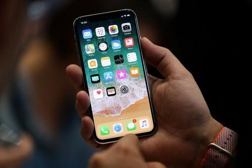 iPhone X sap len ke, du bao khan hang tram trong
