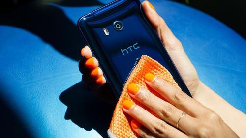 HTC U11 Plus chinh thuc lo dien vao ngay 2/11
