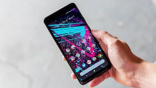 Soc: Moi ra mat, Google Pixel 2 XL da bi to loi man hinh