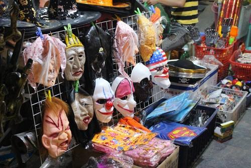Do choi Halloween: Nguoi lon lo lang, tre con khoc thet-Hinh-2