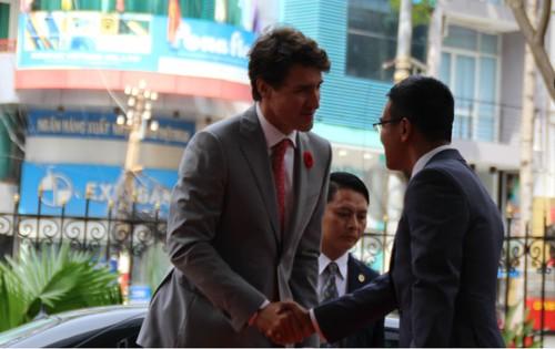 Thu tuong Canada danh cong tai san chung khoan TP.HCM