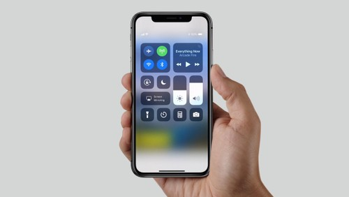 Apple se nang cap nhung gi cho iPhone X trong nam 2018?