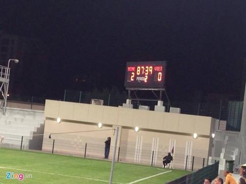 U23 Viet Nam 1-2 U23 Yemen: Sai lam cua hang phong ngu-Hinh-4