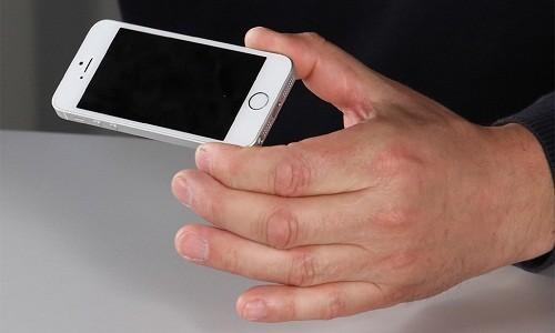 Mua phai iPhone 5 cua ke gian co bi di tu?
