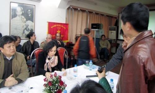 Doi thoai cang thang o Hang phim truyen Viet Nam