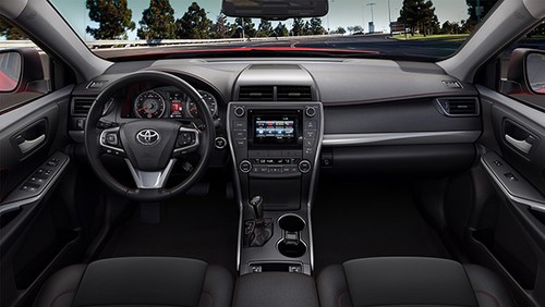 Toyota Camry: Mau sedan ban chay nhat thi truong My-Hinh-3
