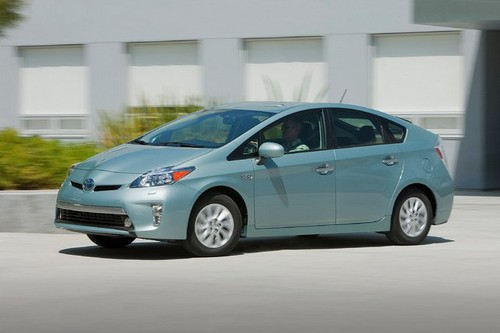 Hon 10 trieu xe oto Toyota hybrid lan banh tren toan cau-Hinh-2