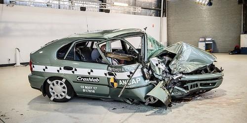 "Toyota Corolla 2015 ""dam nat"" Corolla doi 1998-Hinh-3"