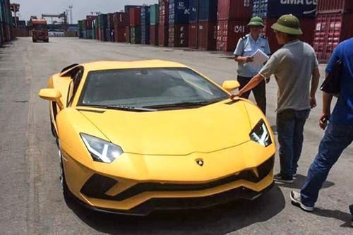 Sieu xe Lamborghini Aventador S gia hon 40 ty tai VN