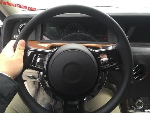 Sieu xe sang Roll-Royce Phantom 2018 lo dien-Hinh-2