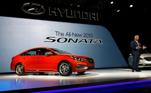 Gan 600.000 xe Hyundai Sonata, Genesis, SantaFe dinh loi