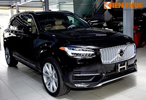 """Xe an toan nhat the gioi Volvo XC90 """"dinh loi"""" an toan"""