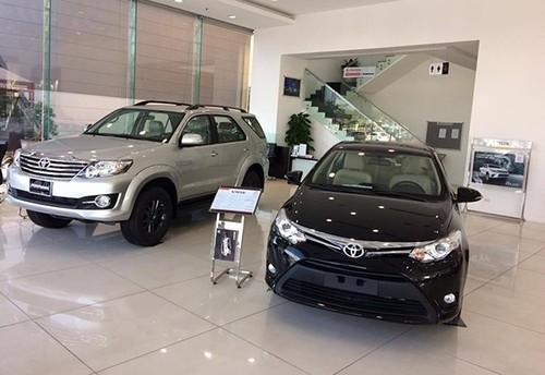"Toyota va Mazda tai Viet Nam ""dai ha gia"" thang co hon"