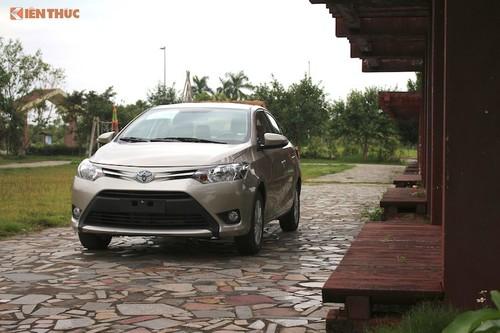 """Toyota Viet Nam tiep tuc giam gia oto trong """"thang co hon""""-Hinh-2"""