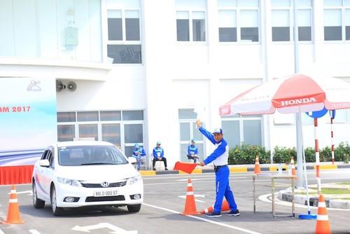 Honda Viet Nam duoc quyen dao tao cap bang lai oto-Hinh-3