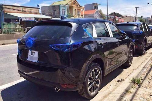 Mazda CX-5 2017 dau tien lan banh tai Viet Nam-Hinh-2