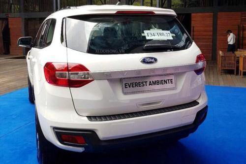 Xe Ford Everest Ambiente MT gia tu 850 trieu tai VN-Hinh-4