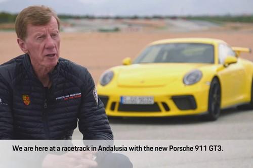 "Gia gan U70 - Walter Rohrl ""lam xiec"" voi Porsche 911 GT3"