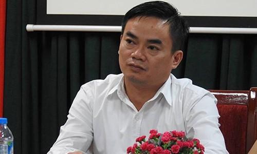 """Bua com """"dam bac"""" cua Truong Nam Trung Yen: Hieu truong se nghiem tuc xem xet"""