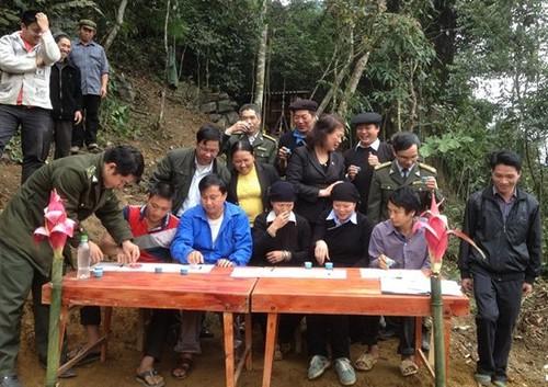 """Mo vang"" lo thien: Canh rung nghien, trai co thu nghin nam tuoi-Hinh-4"