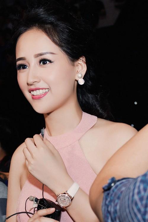 Mai Phuong Thuy lien tuc sam nha, lo dai gia chong lung?-Hinh-2