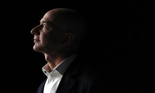 "Jeff Bezos – ""ga doanh nhan thong minh nhat the gioi"""