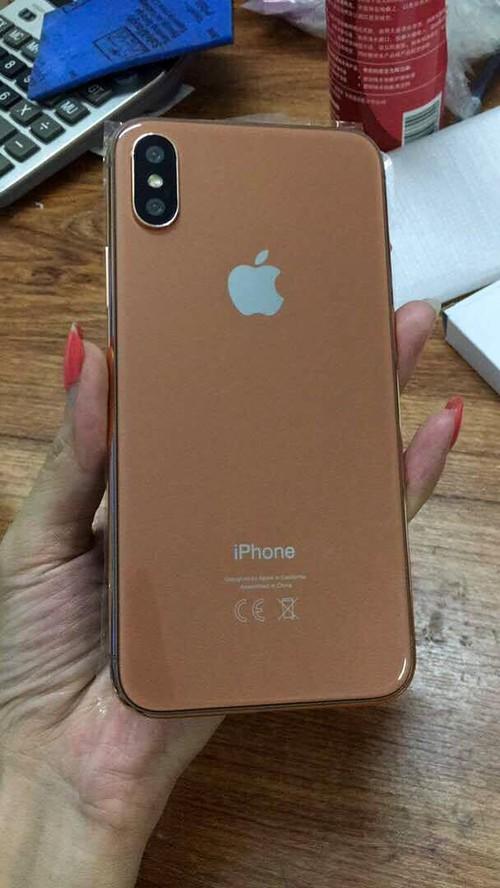 Mo hinh iPhone 8 xuat hien tai Viet Nam-Hinh-2