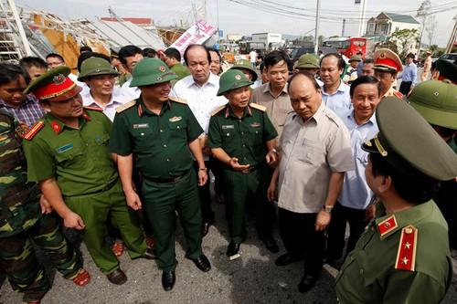 Thu tuong den Ha Tinh: Khong de canh tieu dieu noi bao di qua-Hinh-2