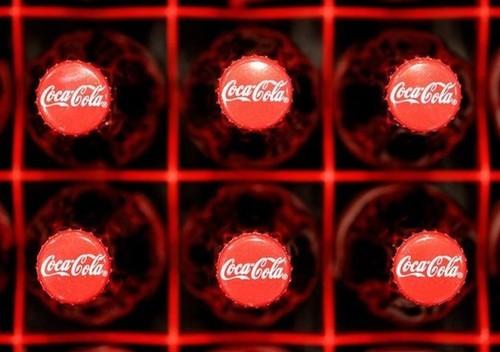 Coca Cola bi kien vi che giau tac hai cua do uong co duong