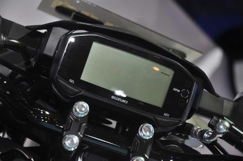 "Suzuki GSX-S150 ""chot gia"" 40 trieu tai Indonesia-Hinh-4"
