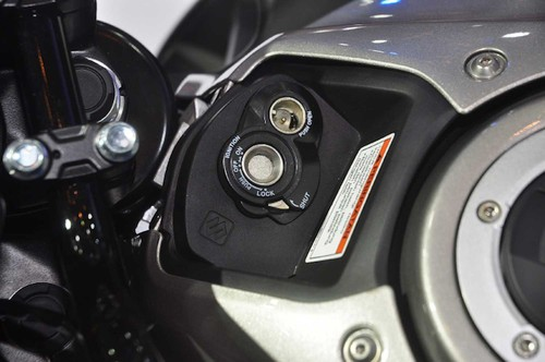 "Suzuki GSX-S150 ""chot gia"" 40 trieu tai Indonesia-Hinh-5"