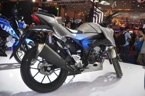 "Suzuki GSX-S150 ""chot gia"" 40 trieu tai Indonesia-Hinh-9"