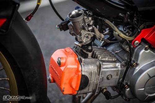 Honda Super Dream 110 do khung, dat hang o Thai-Hinh-7