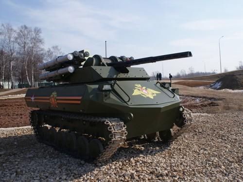 Robot chiến đấu Uran-9 của Nga - Ảnh: Rosoboronexport