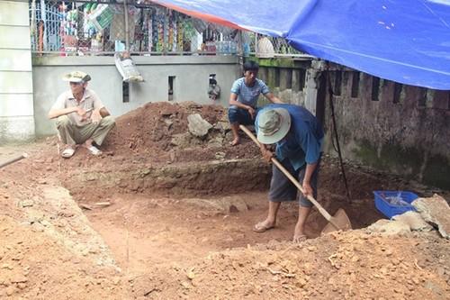 Toan canh cuoc tim kiem lang mo hoang de Quang Trung o Hue-Hinh-2