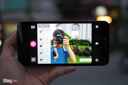 Top smartphone chup selfie dep nen mua choi Tet