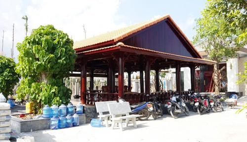 Phat tong giam doc xay biet thu khong phep tren 6 trieu dong
