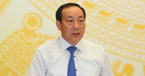 Taxi truyen thong to Uber, Grab: Bo Cong thuong, Giao thong noi gi?