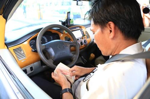 Tai xe dong loat dung tien le, BOT Bien Hoa phai xa tram-Hinh-2