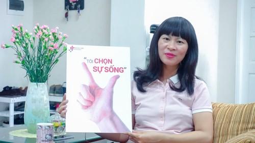 Benh nhan bi ung thu vu co the song bao lau?-Hinh-2