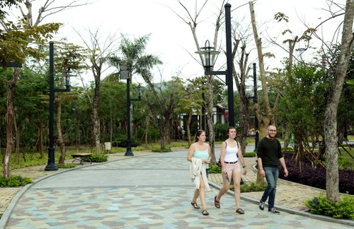 Asia Park trong moi 5.000 cay xanh-Hinh-5