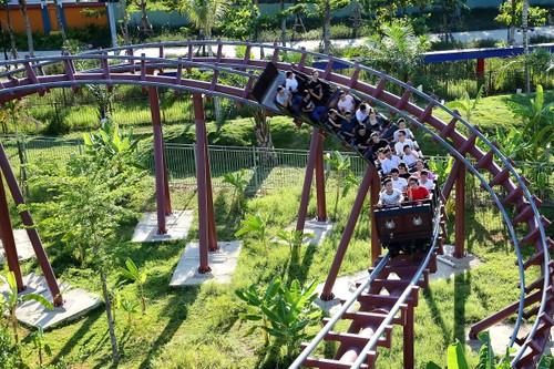 Asia Park trong moi 5.000 cay xanh-Hinh-6