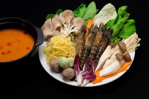 Khai truong khong gian am thuc lon chua tung co o Da Nang