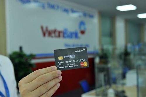 VietinBank tiep tuc chuyen doi so tai khoan the ATM cua khach hang