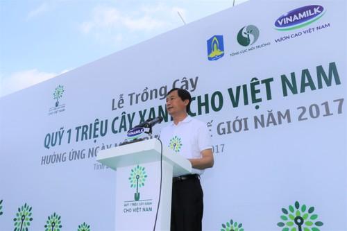 "Vinamilk dong hanh cung ""Quy 1 trieu cay xanh cho Viet Nam""-Hinh-3"